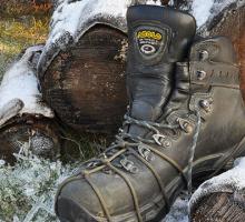 Domowe sposoby na ślizgające się buty – taktyczna Skarpeta VS pancerny Paracord